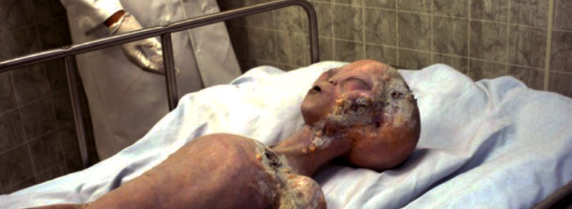 Unseen images of 'Roswell alien corpse in crashed UFO' to be released today