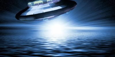 """Leaked Military Report: UFO """"Rendezvoused"""" With Something Big Under Ocean"""